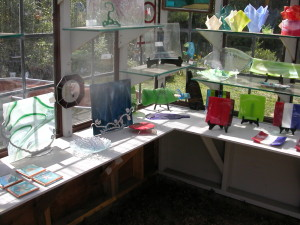 gift shop and finish goods 008