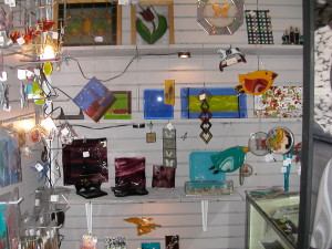 gift shop and finish goods 022