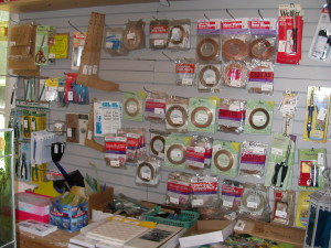 gift shop and finish goods 039