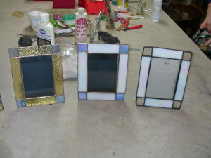 suncatchers and pictures frames 013