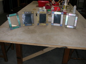 suncatchers and pictures frames 014